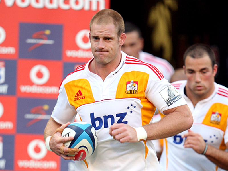 Large craig clarke leads chiefs 6