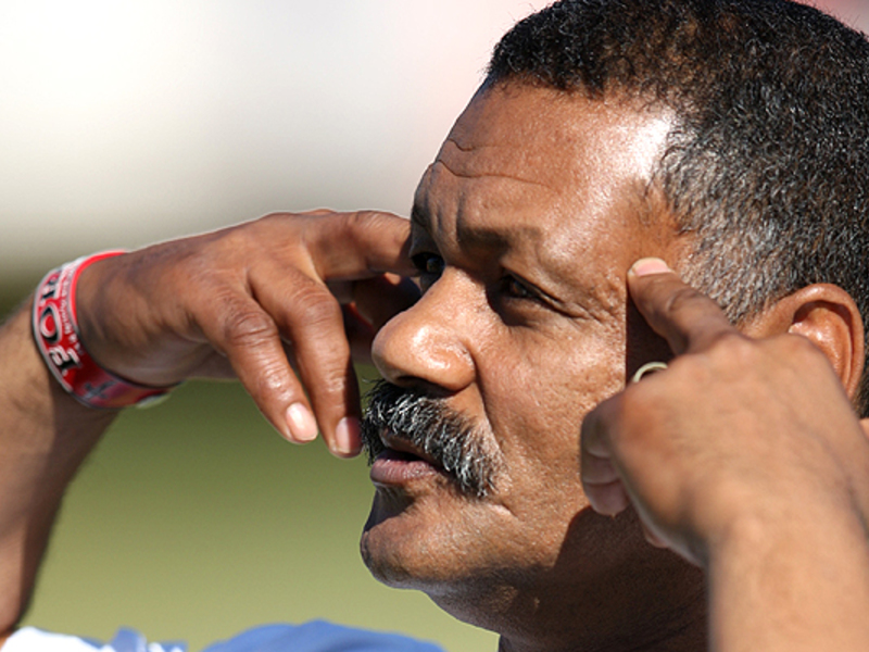 Large peter de villiers points 63