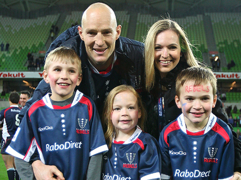 Large stirling mortlock   family