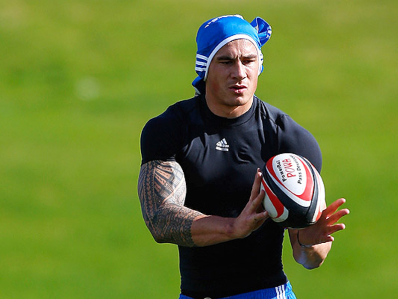 Large sonny bill williams abs tr3