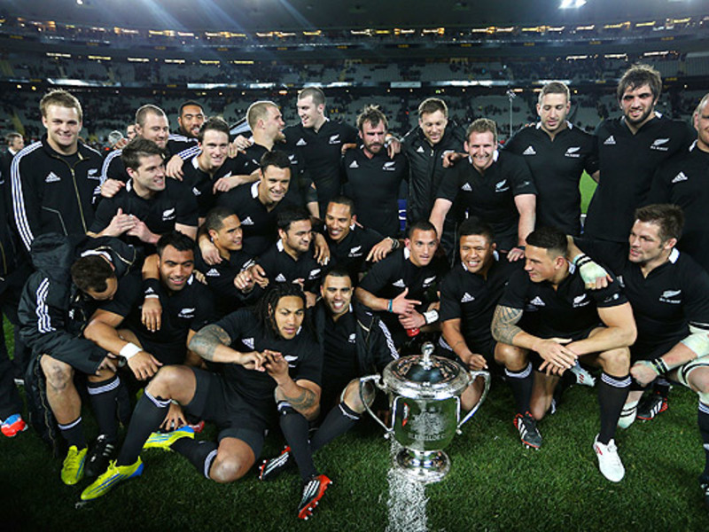 Large all blacks bledisloe cup 63