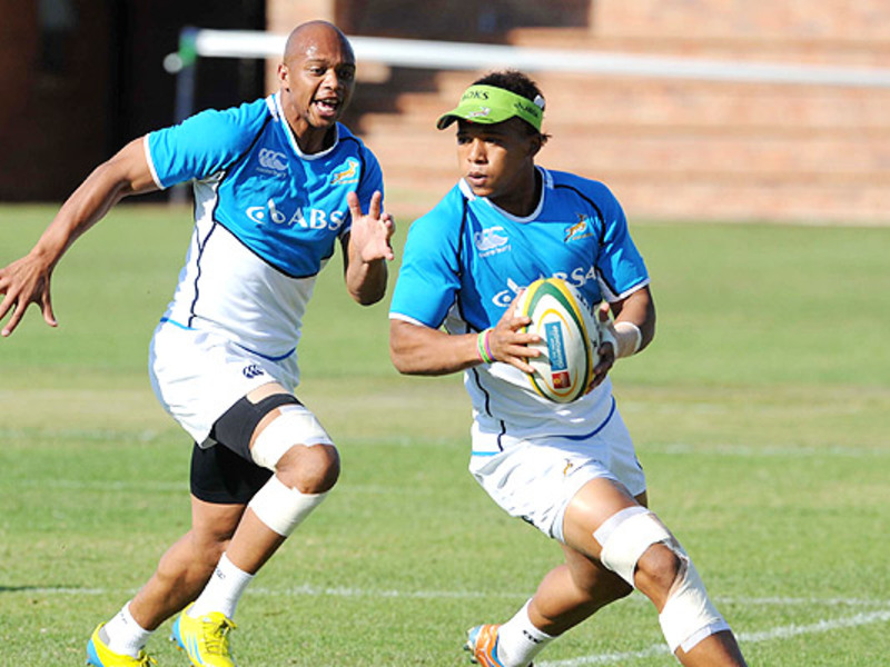 Large elton jantjies boks train 6