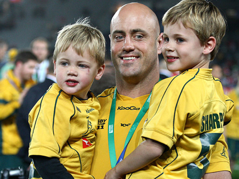 Large nathan sharpe with children