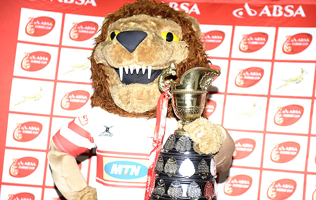 Lions-mascot-with-cc-trophy