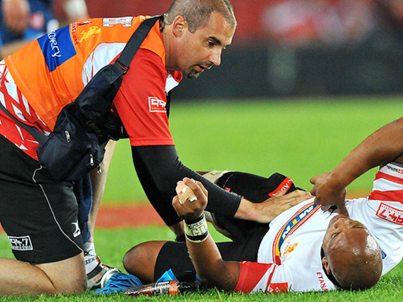 Large lionel mapoe lions injured