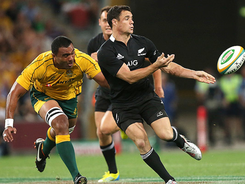 Large dan carter pass v aus 630