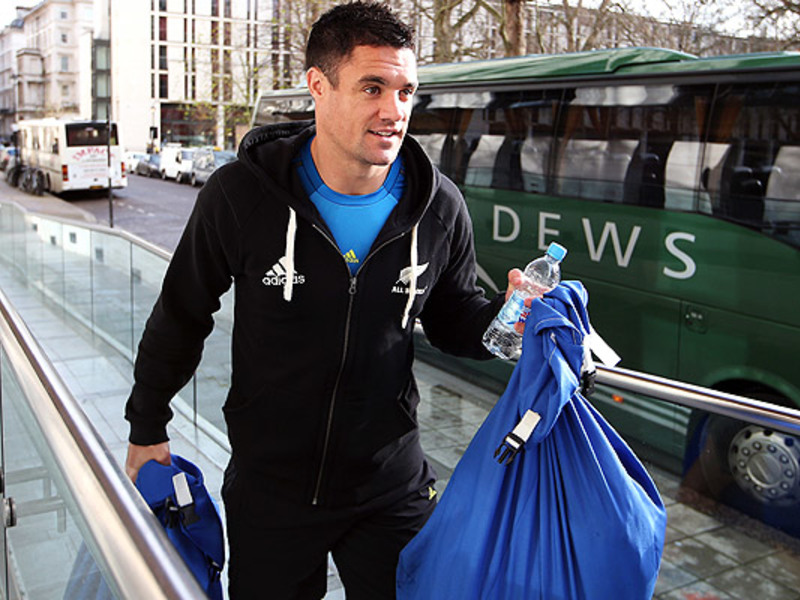 Large dan carter walks 630