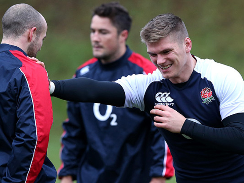 Large owen farrell eng training3