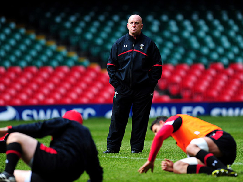 Large shaun edwards wales trainin