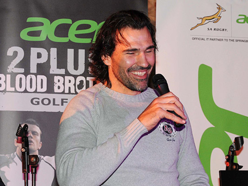 Large victor matfield mike