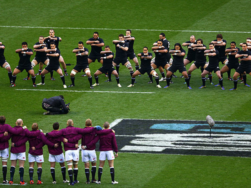 Large england face nz haka 630