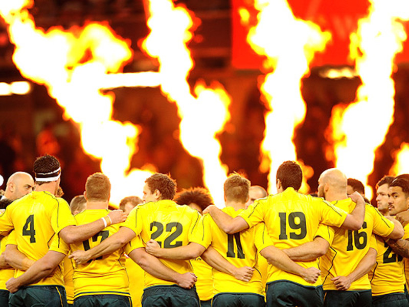 Large australia huddle flames