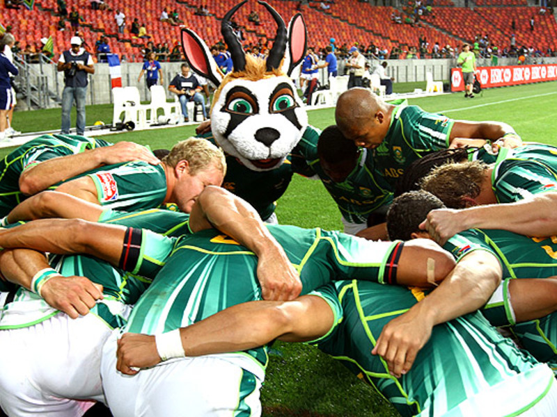 Large blitzbokke team huddle 7s