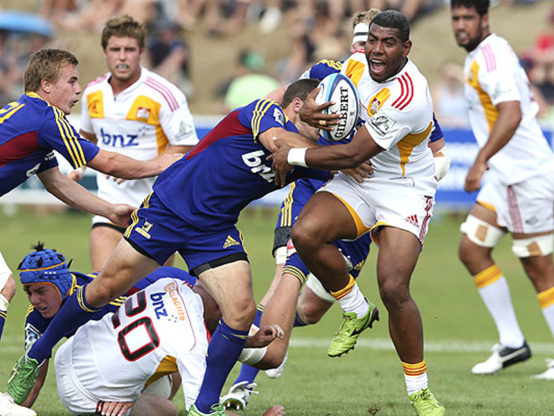 Large chiefs v highlanders