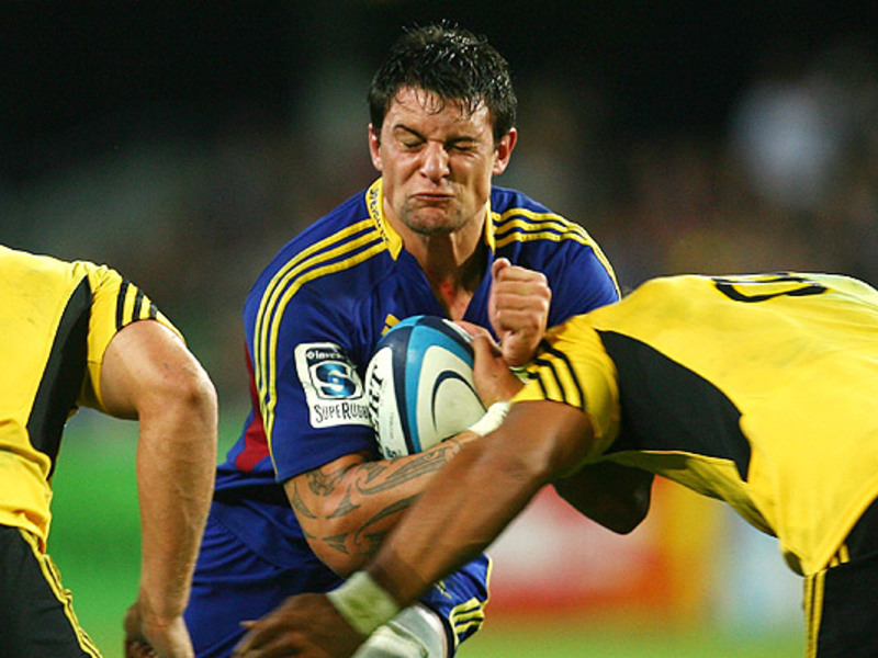 Large highlanders v hurricanes2