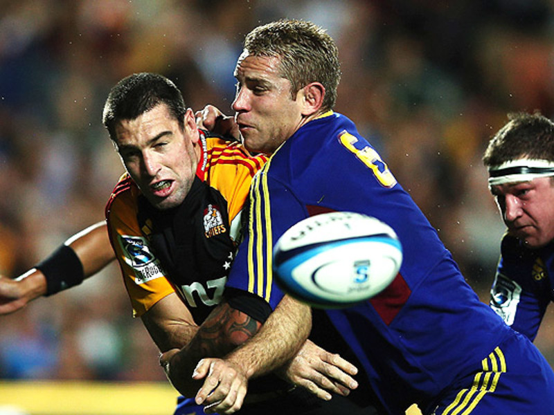 Large chiefs v highlanders3