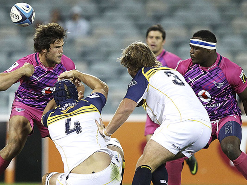 Large brumbies v bulls3
