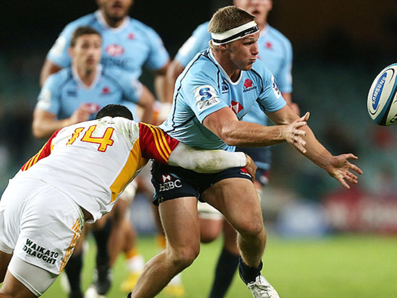 Large waratahs v chiefs2