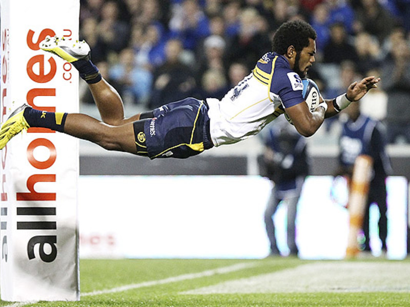 Large henry speight try dives