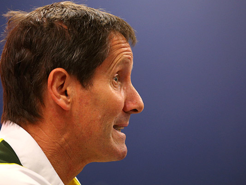 Large robbie deans face