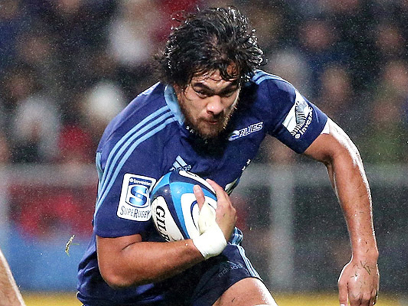 Large steven luatua blues charges