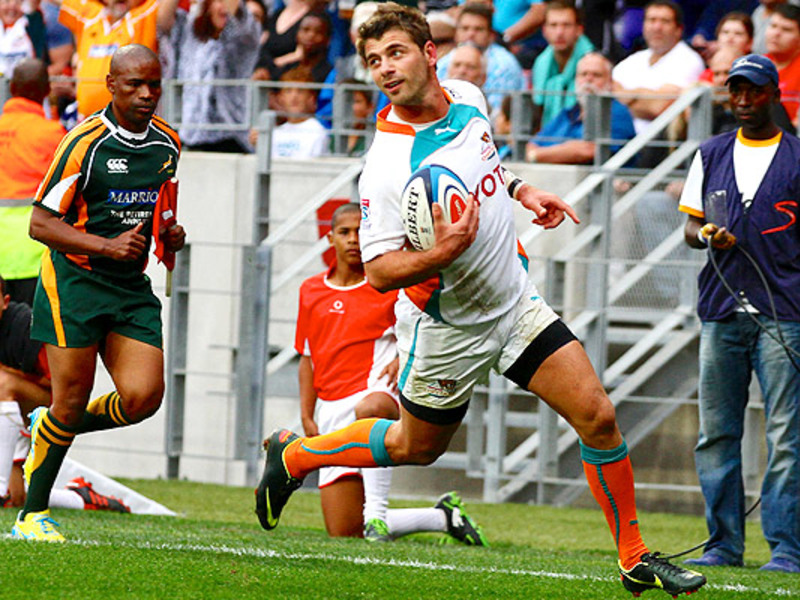 Large willie le roux cheetahs run