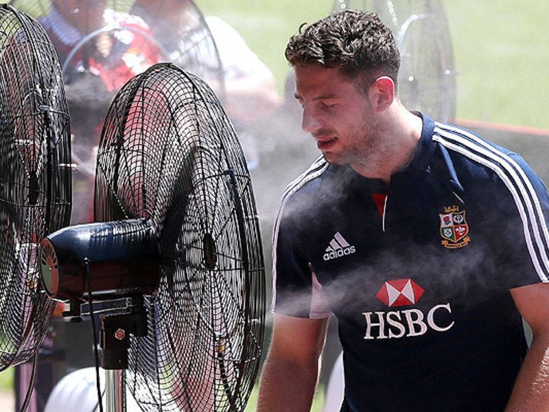 Large alex cuthbert cools down