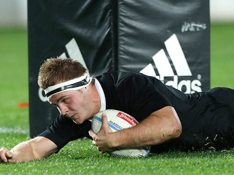 Large sam cane all blacks try