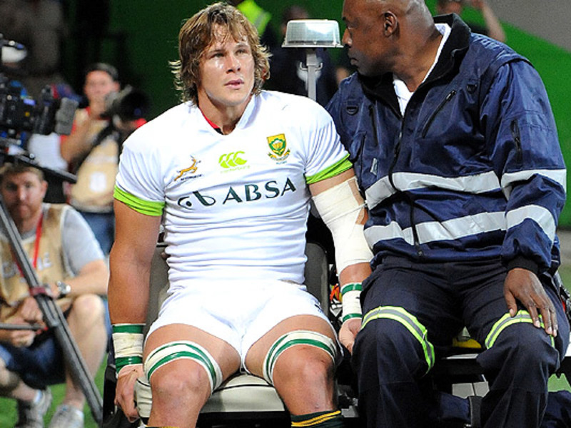 Large arno botha injured