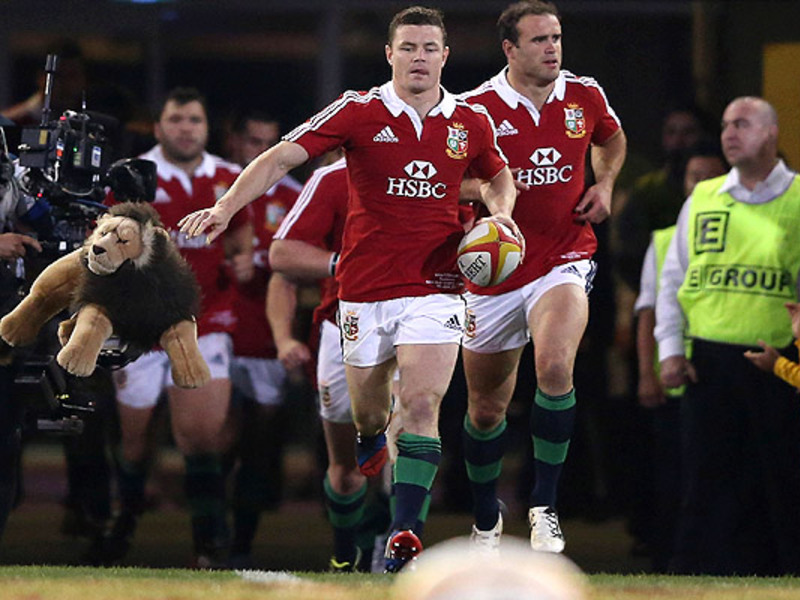 Large brian o driscoll runs out