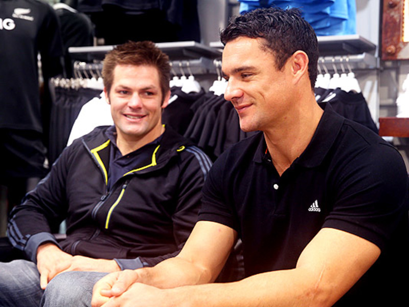 Large richie mccaw   dan carter