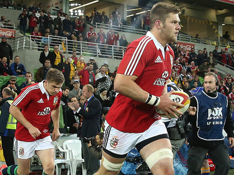Large dan lydiate b i lions runs