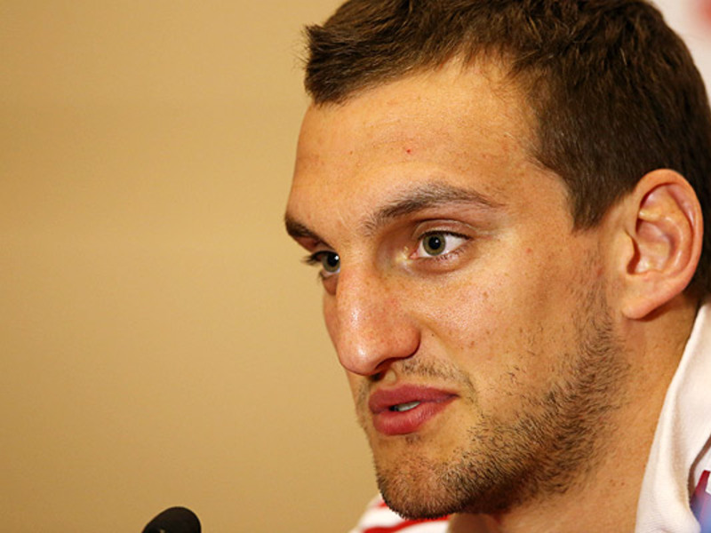 Large sam warburton face