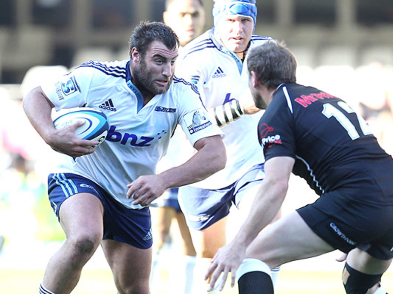 Large sharks v blues2