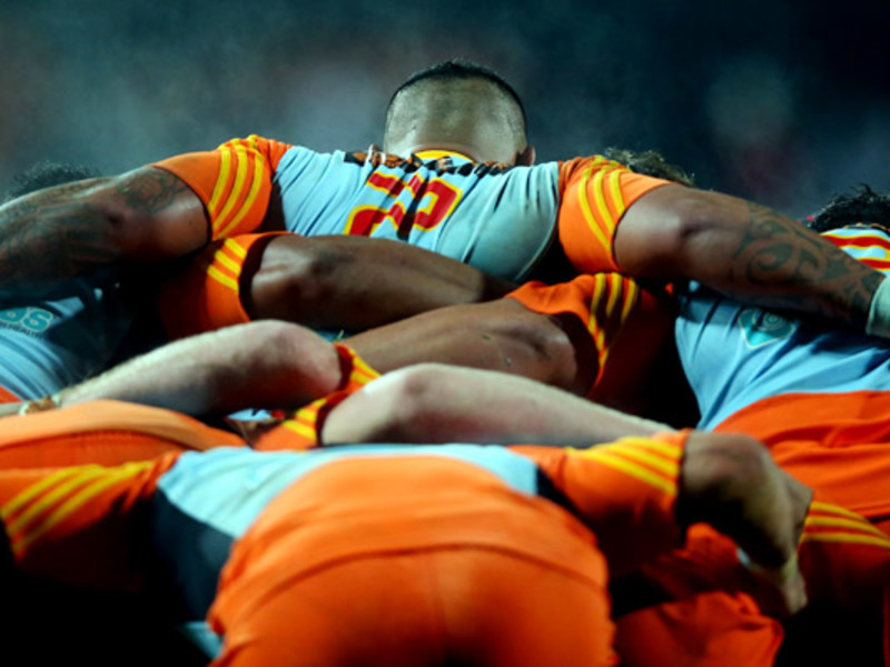 Large hika elliot chiefs scrum