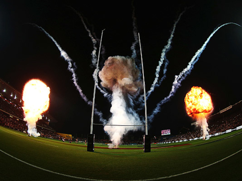 Large chiefs v crusaders