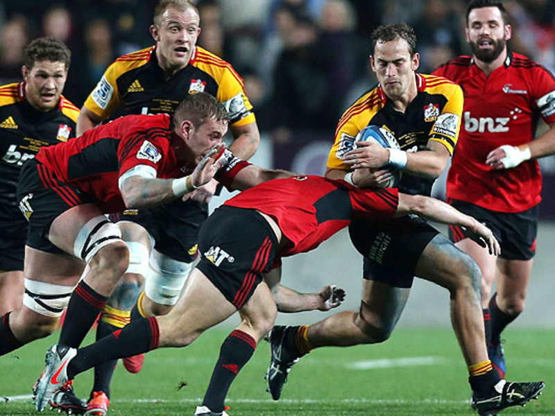 Large chiefs v crusaders2