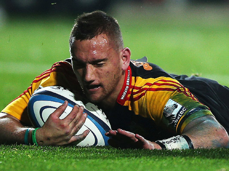 Large aaron cruden chiefs try