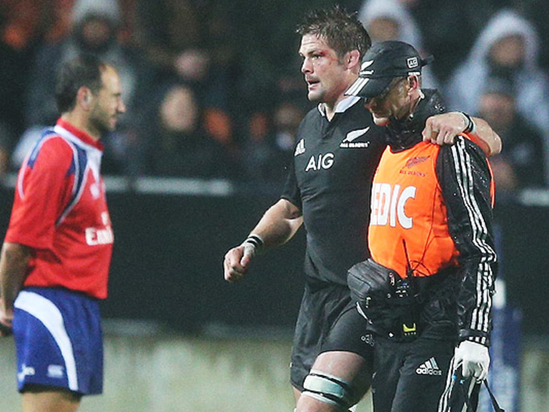 Large richie mccaw injured