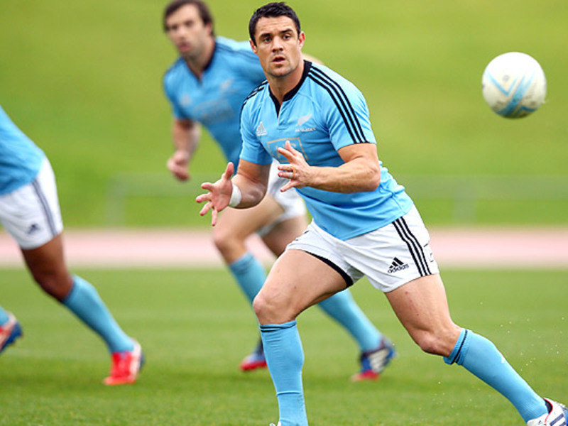 Large dan carter abs training