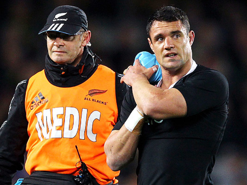 Large dan carter injured