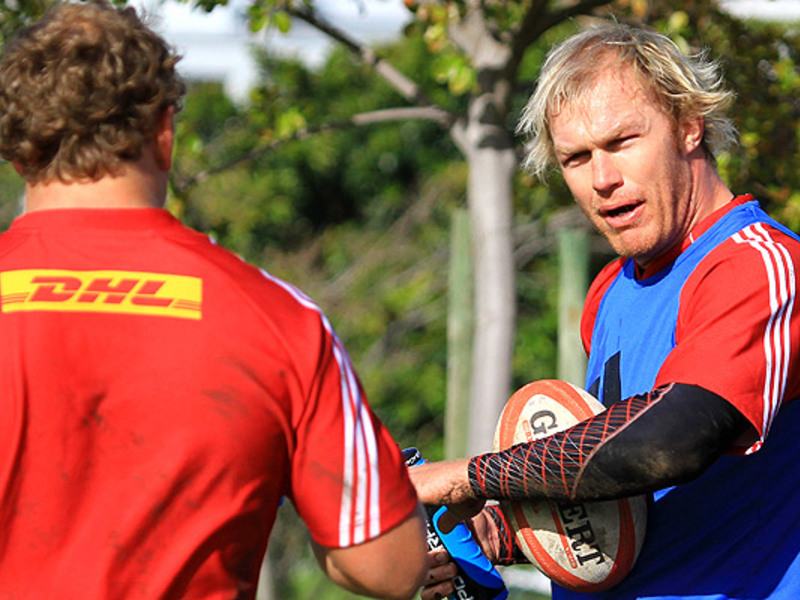 Large schalk burger looks2