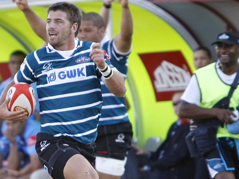 Large willie le roux griquas run