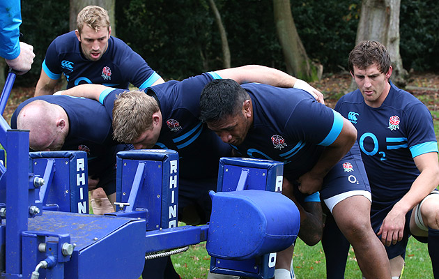 England-scrum-training