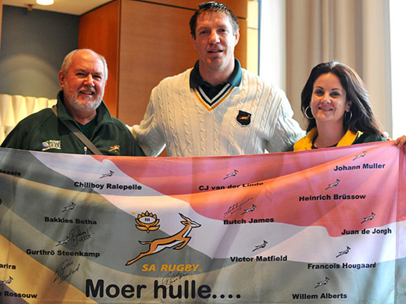 Large bakkies botha with fans