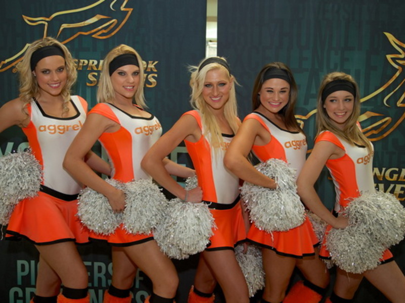 Large sevensblitzbokkecheerleaders