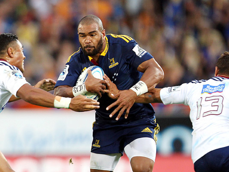 Large highlanders v blues