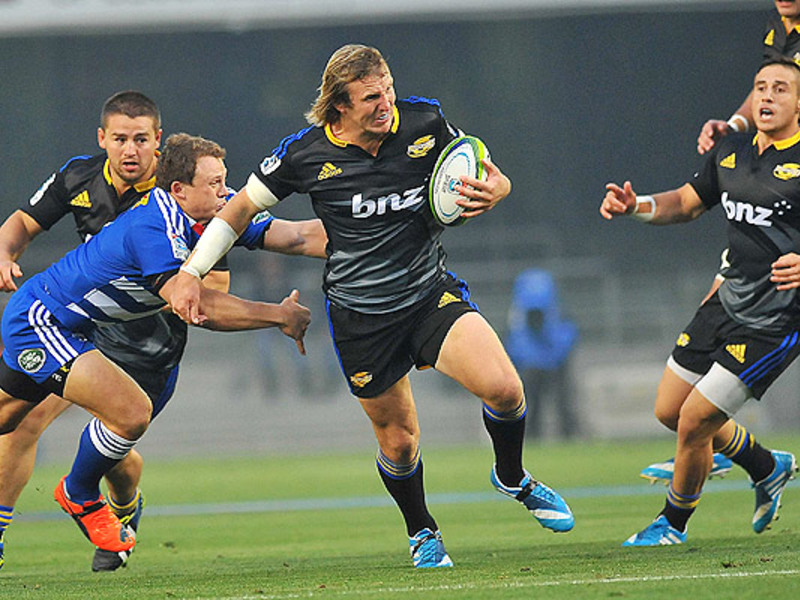 Large stormers v hurricanes