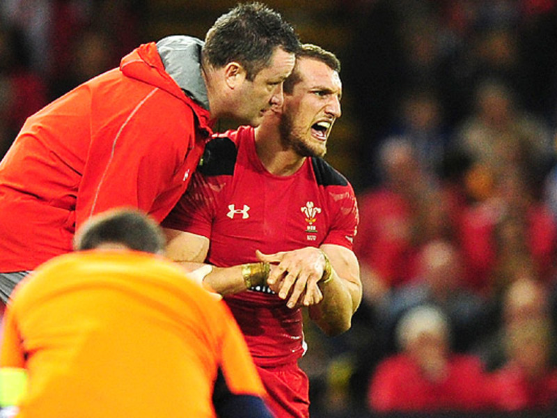 Large sam warburton injured