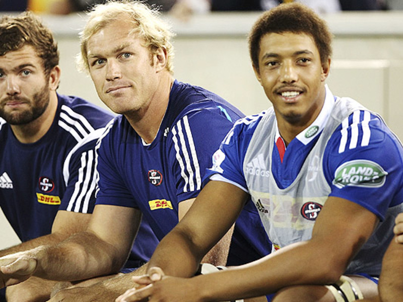 Large schalk burger on the bench